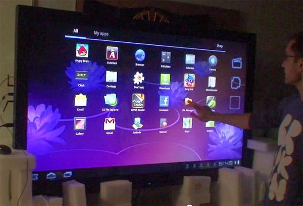 """2011 11 14 androidtv - Vídeo: Empresa turca cria um """"tablet"""" com Android Honeycomb de 65"""" e 1080p"""