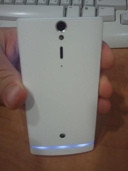 sony ericsson nozomi01 - Sony Ericsson Xperia Nozomi aparece na internet em fotos vazadas