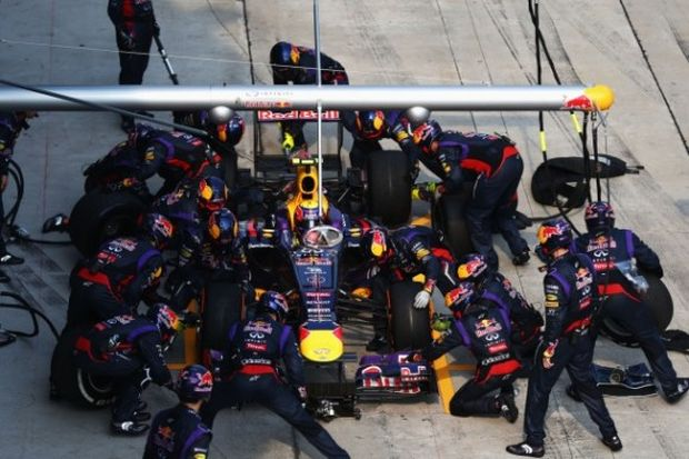 red-bull-f1-pit-stop