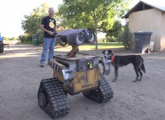 Wall-E-Robot